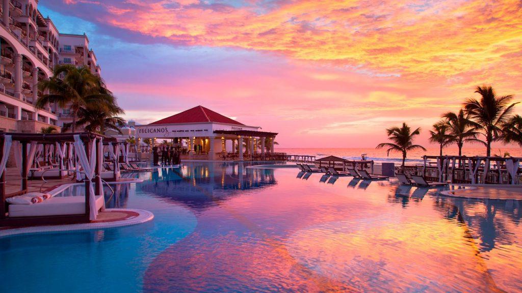 Honeymoons Amp Romantic Getaways Bains Travel