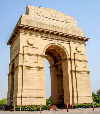 India Gate in Delhi on an India Tour