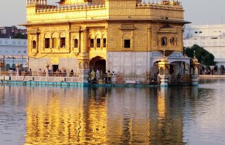 Amritsar Golden Temple on an India Tour