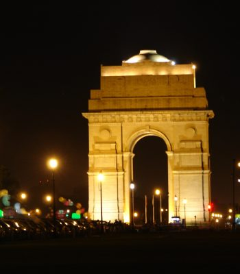 India Gate at Night in Delhi on a India Tour