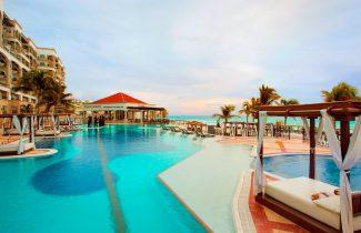 South Asian Wedding Hyatt Zilara Cancun - Main Pool - 980131