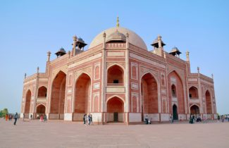 Delhi - Humayuns Tomb - Golden Triangle