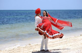 Indian Destination Wedding - Moon Palace - Couple on Beach