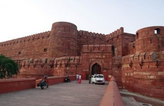 Outside Red Fort Lahore Gate During Day Delhi India Tour