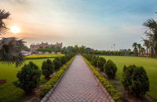 India Tour - New Delhi - Akshardham Monument Gardens