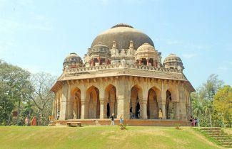 India Tour - New Delhi - Lodhi Garden - Mausoleum