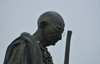 India Tour - New Delhi - Ghandi Smriti - Ghandhi Statue