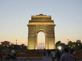 India Tour - New Delhi - India Gate - Night