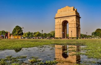 India Tour - New Delhi - India Gate Water